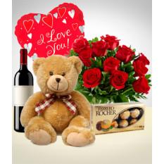 Total Love Combo: Bouquet de 12 rosas + Ursinho de pelúcia + Balão + Vinho + Chocolates