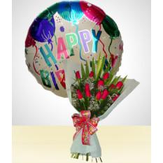 Combo de Aniversário B: Buquê de 12 Rosas + Balão de Feliz Aniversário
