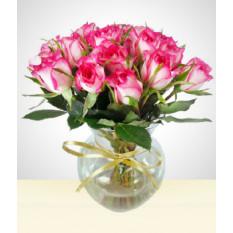 Cutie: vaso com rosas pequenas